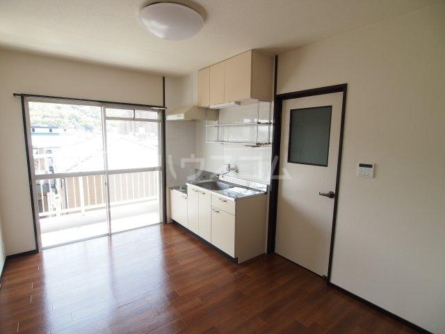 藤田ハイツ 303号室のキッチン