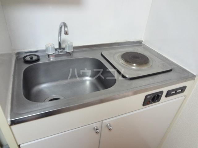 レオパレス昭和 204号室のキッチン