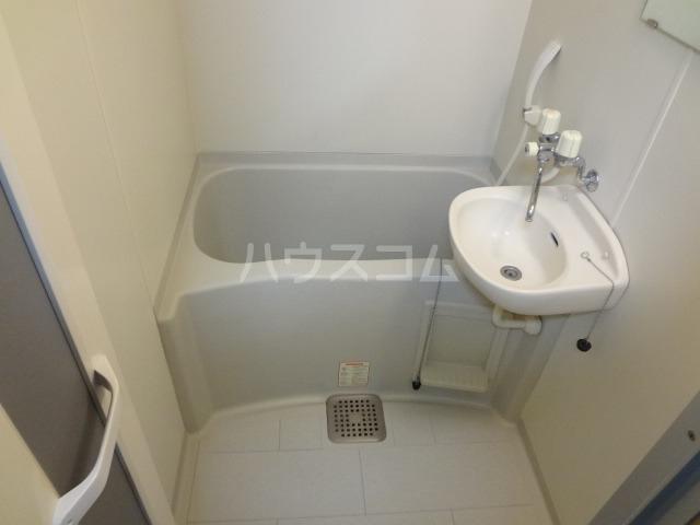レオパレス昭和 204号室の風呂