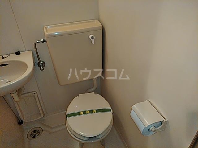 クリオ阪東橋壱番館 804号室のトイレ