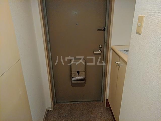 クリオ阪東橋壱番館 804号室の玄関