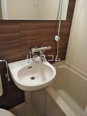 スマイル鷹取 101号室の洗面所