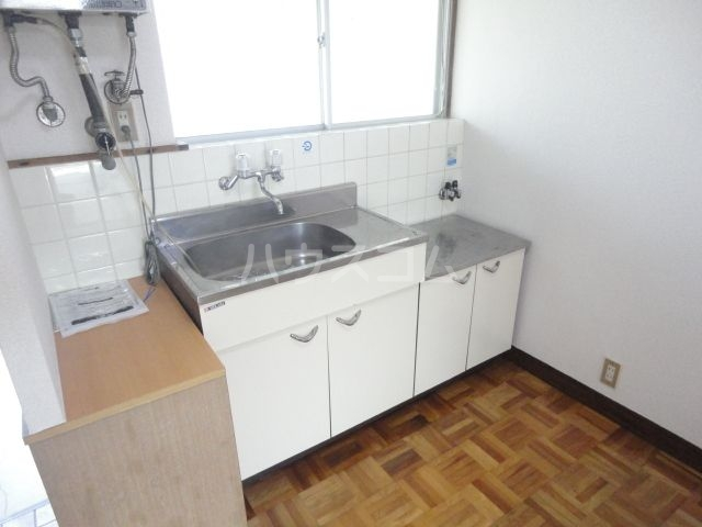 アイコーポ 105号室のキッチン