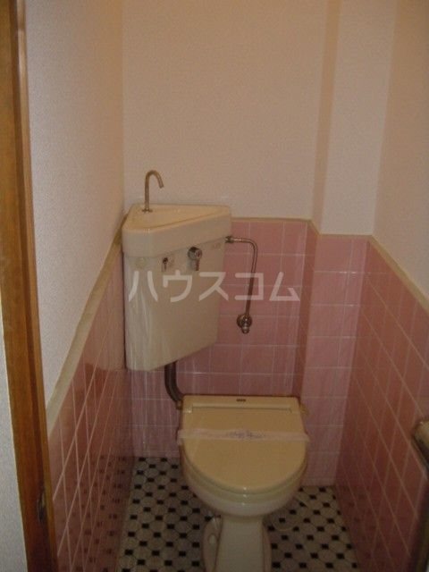 アイコーポ 105号室のトイレ