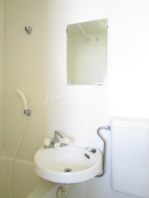 エスタ・クリヤマ 201号室の洗面所