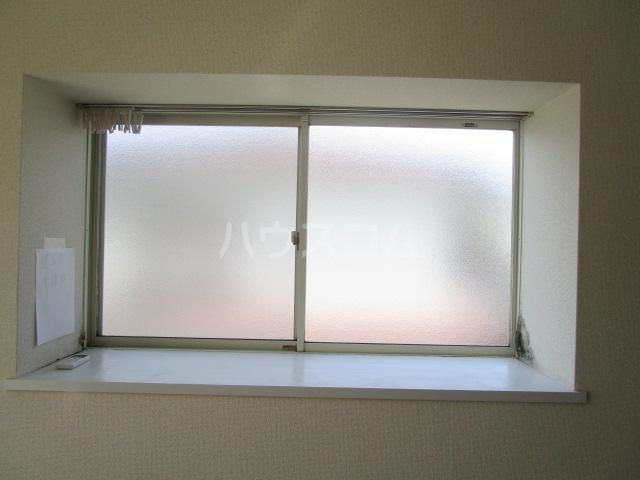 エスタ・クリヤマ 201号室の居室
