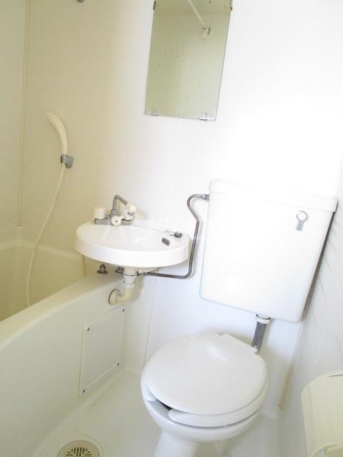 エスタ・クリヤマ 201号室の風呂