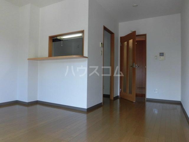 プリミエール山敷 303号室のキッチン
