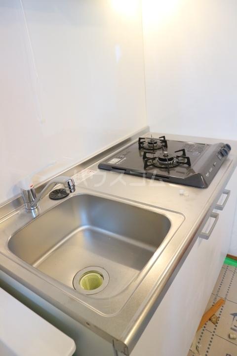 パレス芝公園 303号室のキッチン