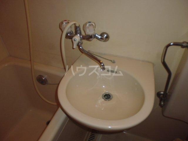 Nフラット 206号室の洗面所