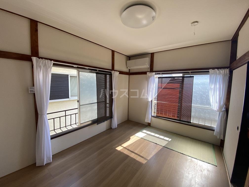 竹和荘 203号室の居室