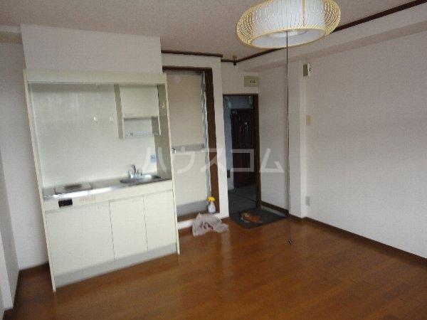 グリーンピア大枝 203号室のキッチン