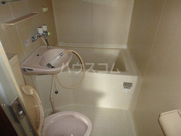 グリーンピア大枝 203号室の風呂