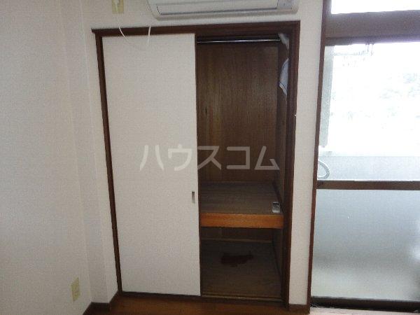 グリーンピア大枝 203号室の収納