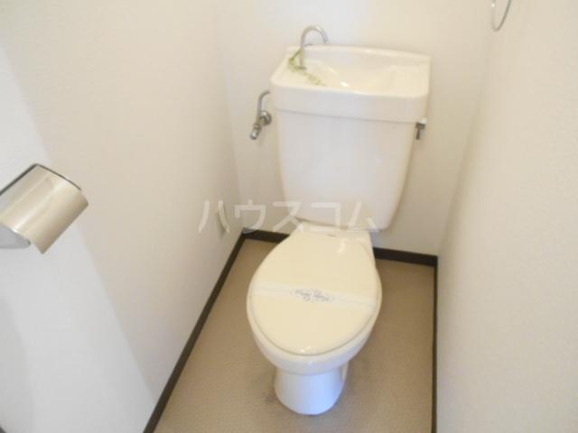 グレーシー西ノ京 210号室のトイレ