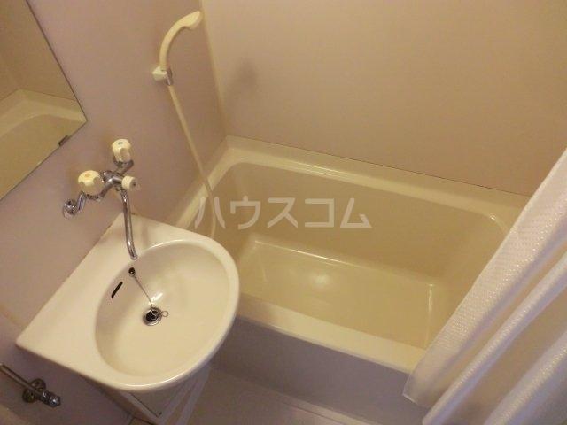 ラフォーレ西大路 203号室の風呂