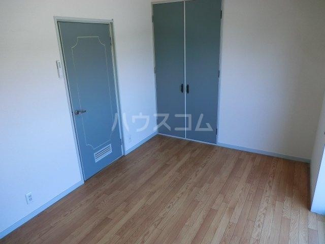ラフォーレ西大路 203号室のベッドルーム