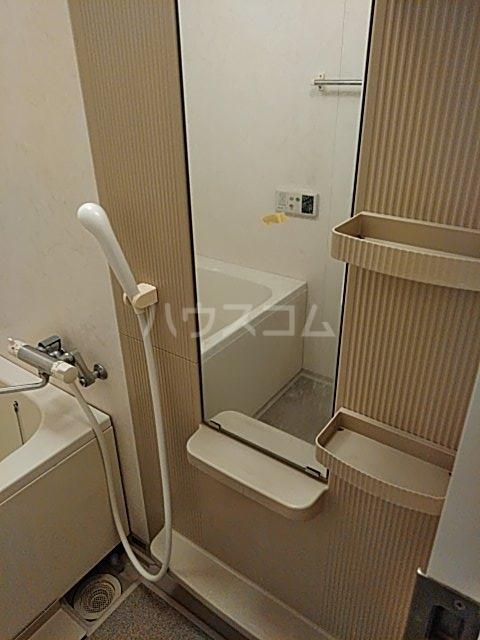 セザールプラザ川崎 308号室の風呂