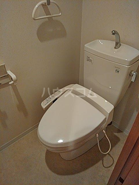 セザールプラザ川崎 308号室のトイレ