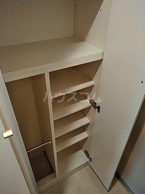セザールプラザ川崎 308号室の収納