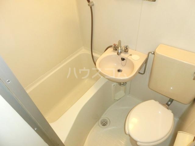 アムス谷塚 0208号室の風呂