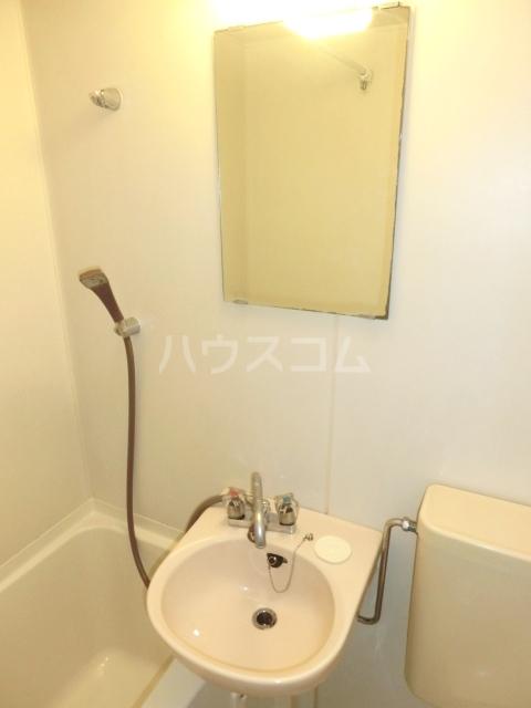 アムス谷塚 0208号室の洗面所