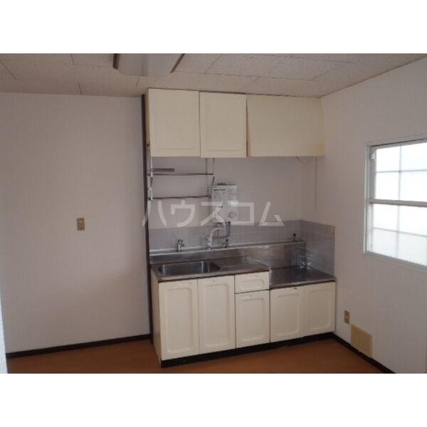 ハイツベストⅠ 202号室のキッチン