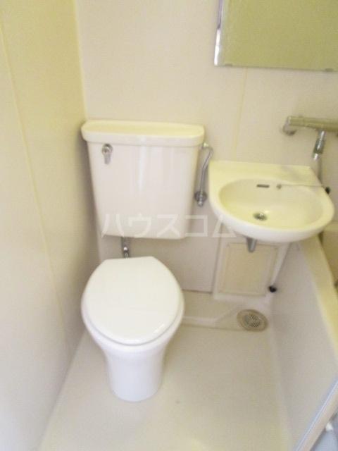 国分寺べんとみビル 302号室のトイレ