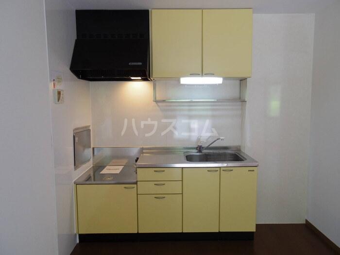 サニーホームズ C 102号室のキッチン