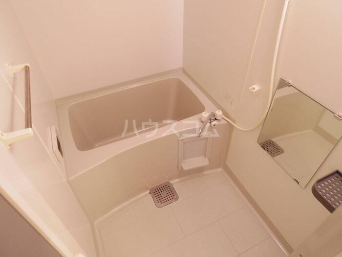 サニーホームズ C 102号室の風呂