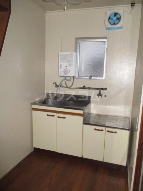 佐々木マンション 401号室のキッチン
