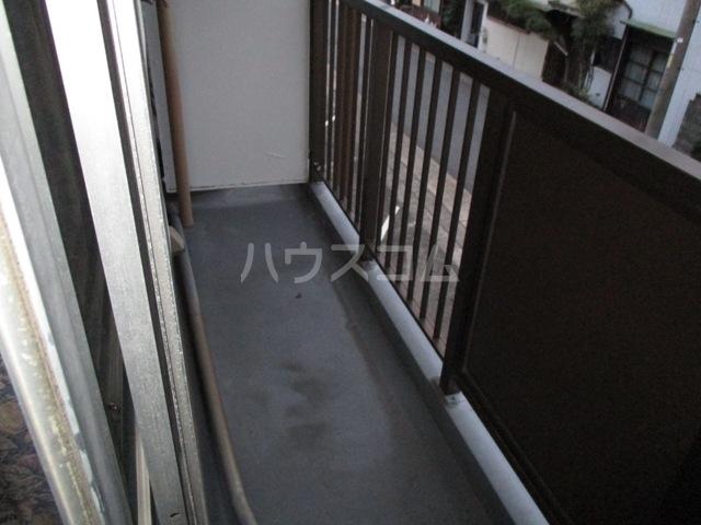 佐々木マンション 401号室のバルコニー
