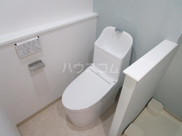リトルシャトーナガクラ 402号室のトイレ