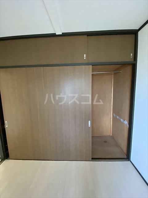 ドルフヤマノウチB 202号室の収納