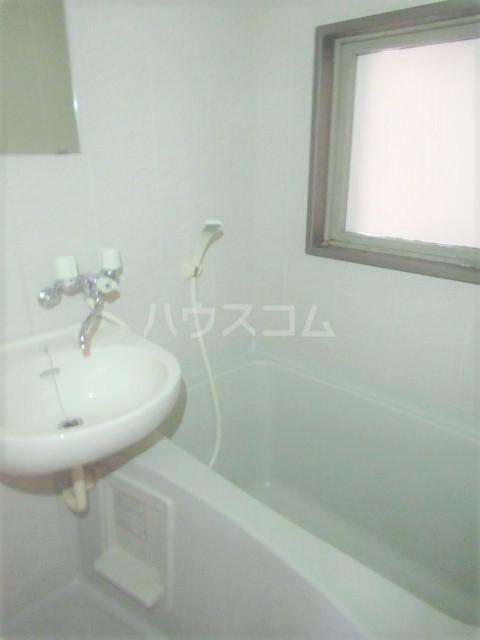 ヒットビット向ヶ丘 302号室の風呂