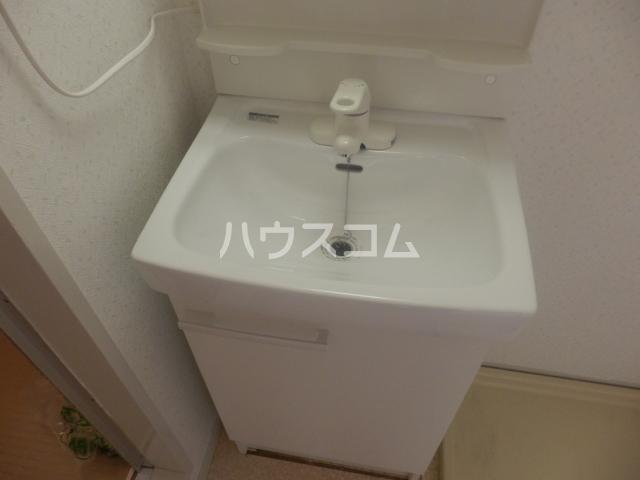 シャンポール原Ⅰ 403号室の洗面所