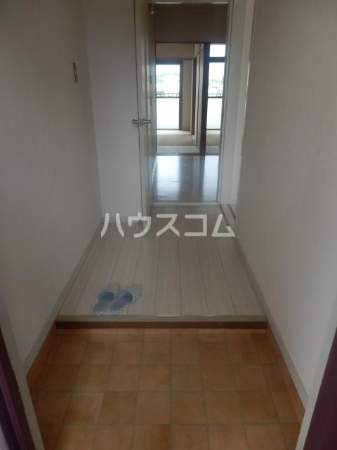 シャンポール原Ⅰ 403号室の玄関