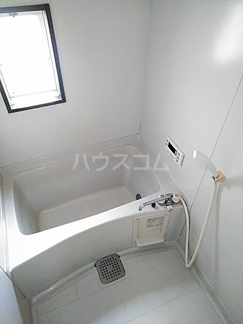 ファミールちおりⅡ 101号室の風呂