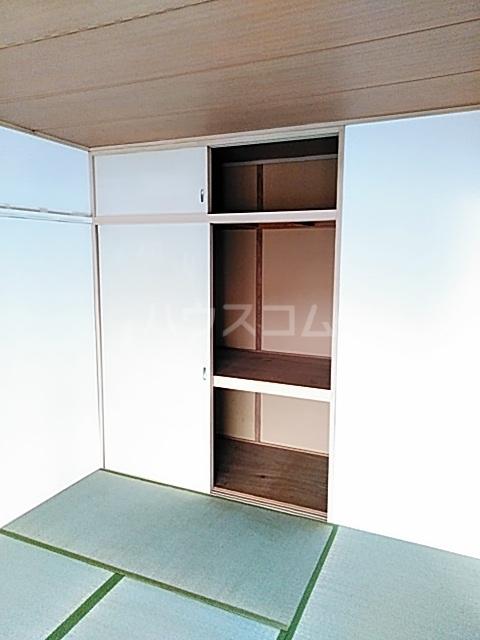 ファミールちおりⅡ 101号室の収納