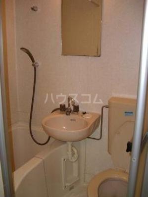 ハイツこずみ 102号室の洗面所