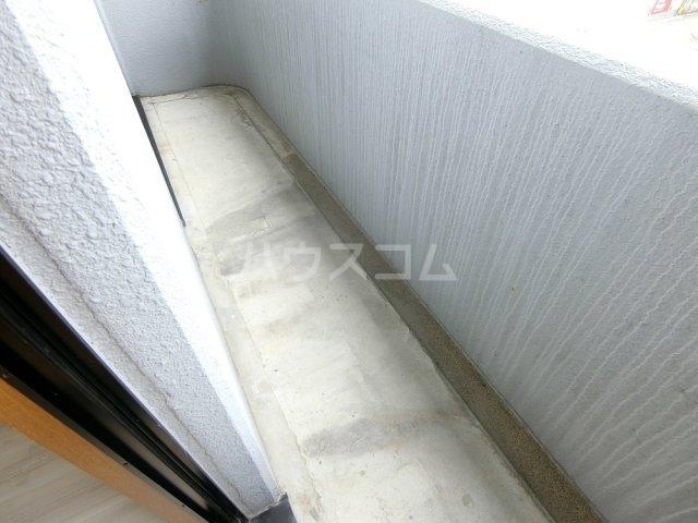 メゾン21 101号室のバルコニー