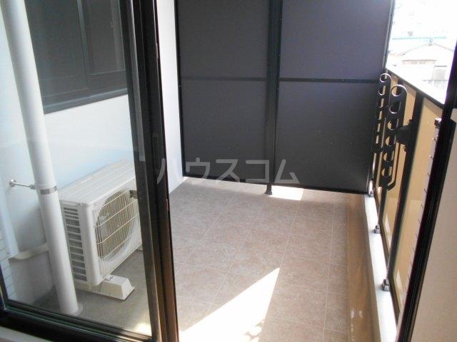 APエルテージ地行 510号室のバルコニー
