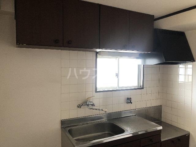 シャルム上野西 202号室のキッチン