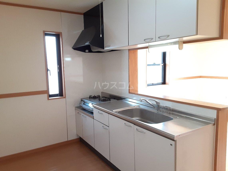 エスポーアメゾン 101号室のキッチン