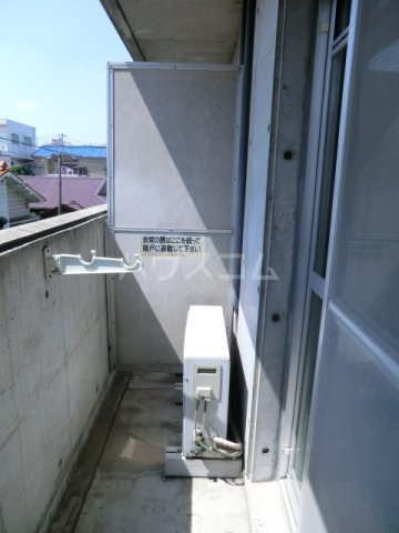 スクエアK 303号室のバルコニー