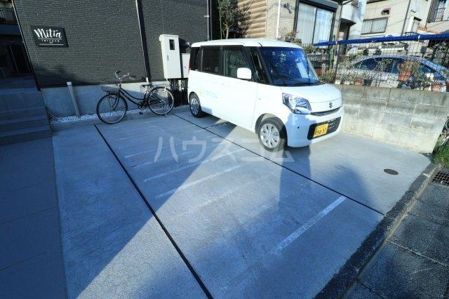 mitia terrace 103号室の駐車場