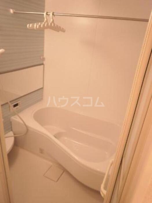 ハピネス コスモ 203号室の風呂
