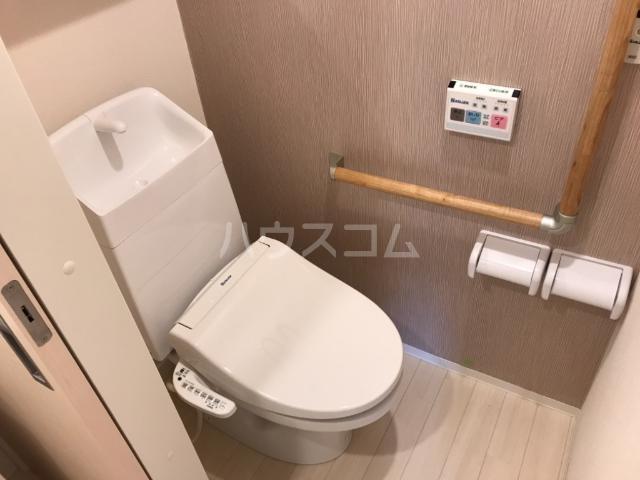 felice 101号室のトイレ