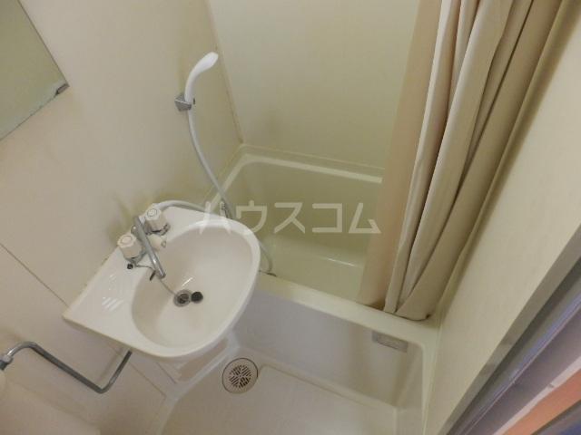 ピュアハウス夏見 201号室の風呂
