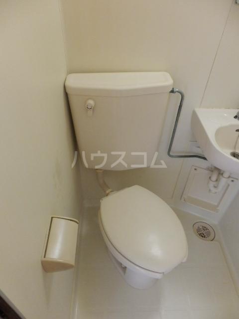 ピュアハウス夏見 201号室のトイレ